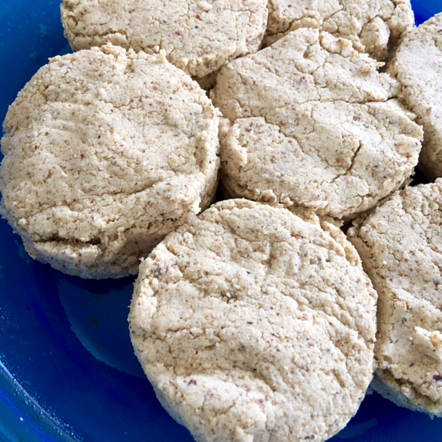 low carb breakfast biscuits may help control diabetes