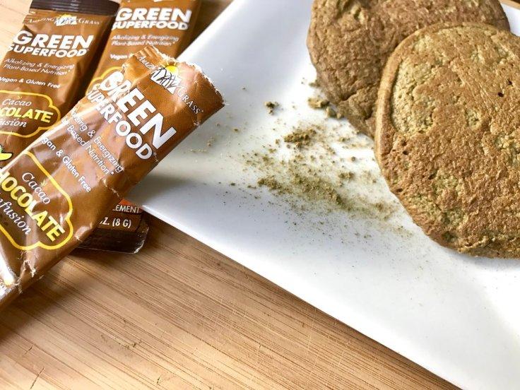 Amazing Pancakes - gluten free, vegan, flourless, superfood breakfast
