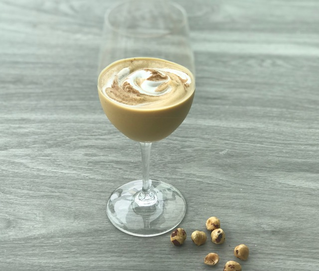 Fall in love with this Pumpkin Hazelnut Smoothie by Kristine Thomas of Welli