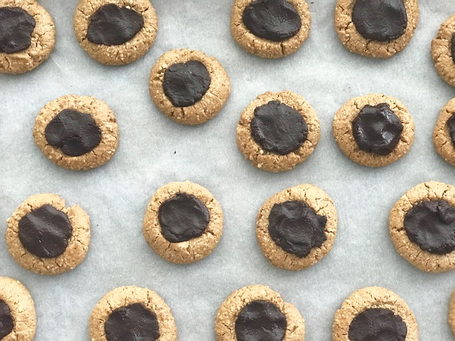 German Inspired Thumbprint Cookies - by Kristine of Welli - gluten free, vegan, grain free, paleo, low sugar