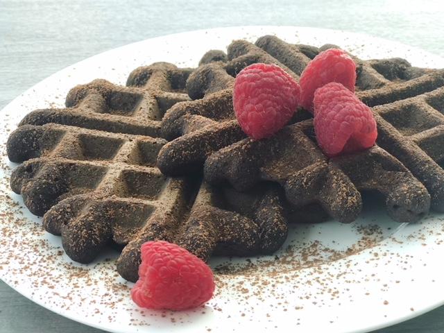 Grain Free Chocolate Raspberry Waffles - getWelli.com - vegan, paleo, gluten free, no sugar added