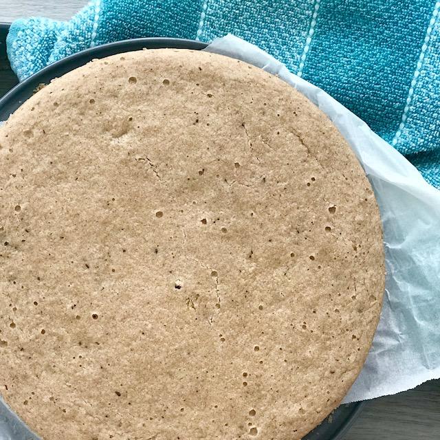 Chocolate Chip Cookie Cake - www.getWelli.com - #getWelli #vegan #paleo #grainfree #sugarfree #glutenfree #dessert