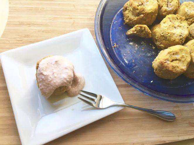 pumpkin cinnamon rolls - www.getwelli.com - #getWelli #vegan #paleo #breakfast #leftovers #Thanksgiving