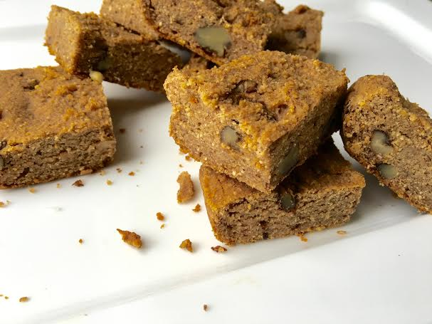 Maple Walnut Blondies - www.getWelli.com - #getWelli #vegan #grainfree #maple #dessert #Thanksgiving