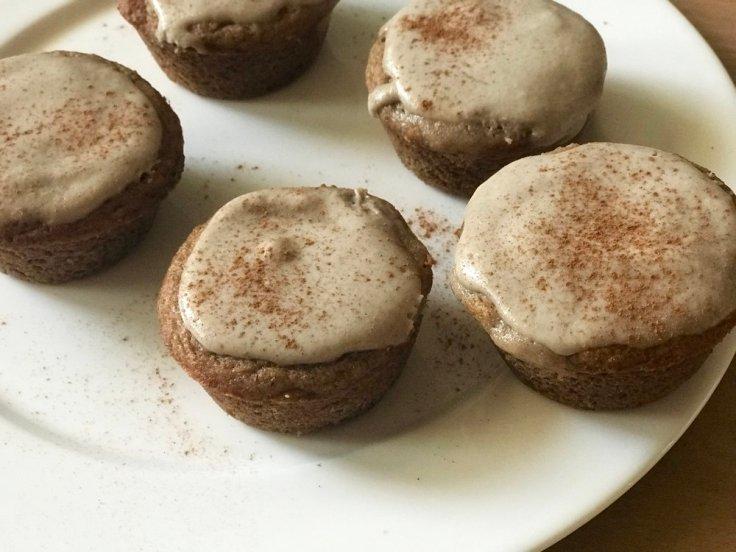 Banana Amaretto Cinnamon Roll Muffins | www.getWelli.com | #getWelli #vegan #grainfree #paleo #glutenfree #breakfast #cinnamonrolls #muffins