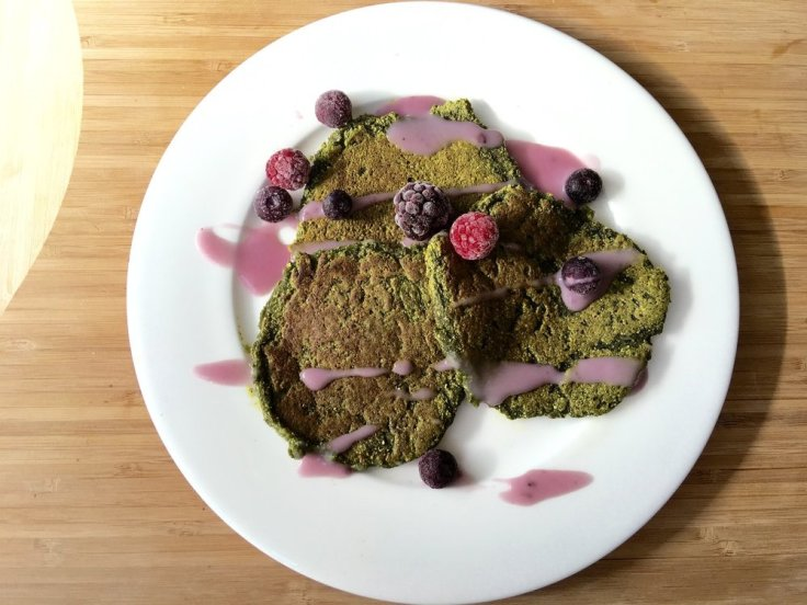 amazing superfood pancakes - www.JoyfulGoodness.com - #JoyfulGoodness #beJoyful #breakfast #vegan #paleo #glutenfree #stpatricksday